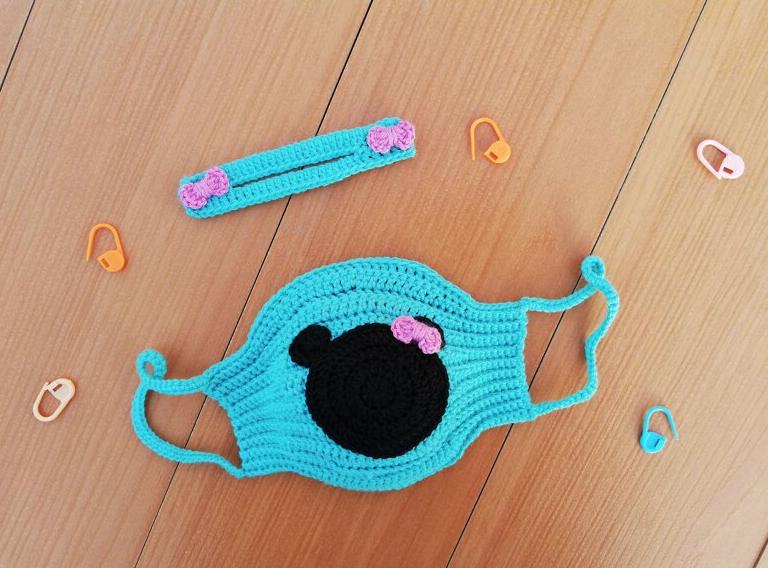 Minnie mouse face mask  - Start Crochet