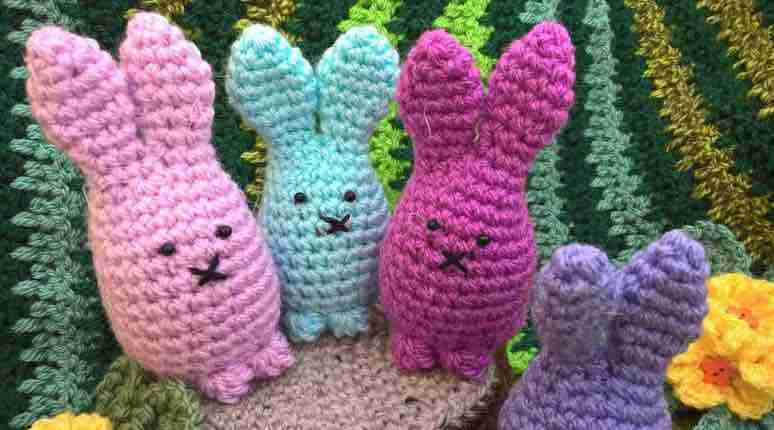 bunny and carrot creme egg covers front start crochet